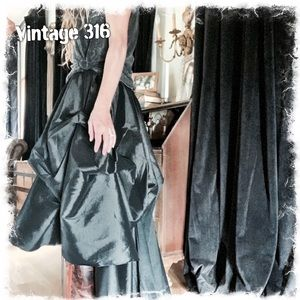 Vintage 316 Skirts - Drama Queen 🖤 High Low Bustle Skirt